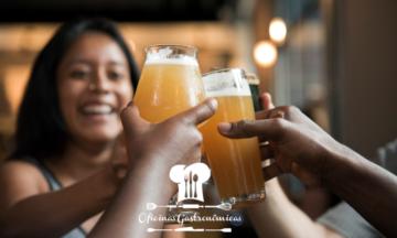 Bebe cerveja ou café? Então você tem mais chance de passar dos 90 anos, diz estudo